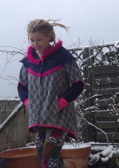 """Kurzjacken - Handmade Jaquarde Sweat Jacke """"Pink Plüsch"""" - ein Designerstück von Die-Revoluzzerin bei DaWanda"""