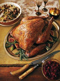 Thanksgiving is just around the corner! We love these 7 hearty Thanksgiving recipes. #thanksgiving #turkey #avenuecalgary