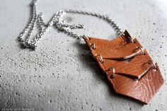 DIY: Leather necklace