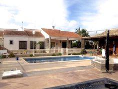 Villa in Elche