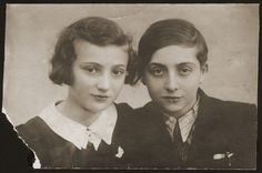 Portrait of two Jewish siblings in the Srodula ghetto in Sosnowiec, Poland. [Photograph #28947]