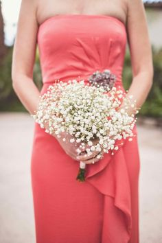 Baby's breath bouquet: http://www.stylemepretty.com/california-weddings/palm-springs/2015/04/17/intimate-palm-springs-fall-wedding/ | Photography: Michael Moss - http://www.michaelmoss.com/