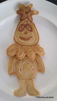 Foofa pancake.  A must for Emma ;)