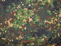 SKOL camouflage pattern Army Times, Camouflage Wallpaper, Camouflage Patterns, Military Camouflage, Razzle Dazzle, Military Uniforms, Custom Action Figures, Armies, Bushcraft