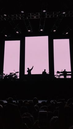 The 1975 Wallpaper, Iphone Wallpaper, Phone Backgrounds, Lany Band, The 1975 Concert, Paul Jason Klein, Recital, Matty Healy, Bedroom Wall Collage