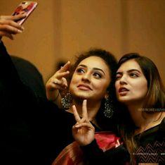Nazriya Nazim, Malayalam Actress, Indian Celebrities, India Beauty, Old Pictures, Cinema, Celebs, Photoshoot, Actresses