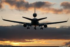 McDonnell Douglas MD-11 aircraft picture