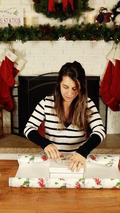 Homemade Christmas, Diy Christmas Gifts, Holiday Fun, Christmas Time, Holiday Gifts, Creative Gift Wrapping, Wrapping Presents, Wrapping Ideas, Gift Wrapping Techniques
