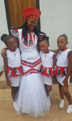 We have the latest Swazi Dress designs from various designers in South African and Swaziland. The Latest Swazi Traditional Attire in South African. Zulu Traditional Wedding Dresses, African Traditional Dresses, African Fashion Dresses, African Dress, African Clothes, Zulu Wedding, Elegant Ball Gowns, Ball Gown Dresses, Mermaid Dresses