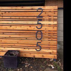 Modern Wood Fence, Wood Fence Design, Modern Fence Design, Privacy Fence Designs, Front Yard Fence, Front Yard Landscaping, Privacy Landscaping, Privacy Walls, Yard Privacy