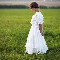 """Cotton dress """"Mariya""""    Кружевное хлопковое платье в винтажном стиле """"Мария"""". Ссылка на магазин в профиле.   #soobraz #dress #vintage #vintagestyle #cottondress #wed #weddingdress #Новосибирск #Russia #lace #кружево #art"""