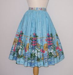 1950s Novelty Print Skirt / Geisha by RainbowValleyVintage on Etsy, £65.00