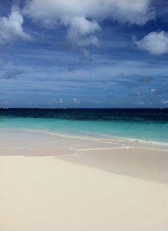 Fancy a swim #Shoalbay #Anguilla #travel on Twitpic