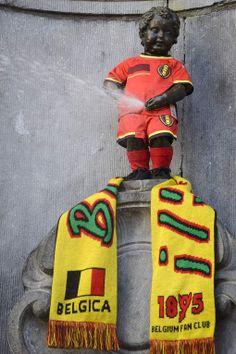 Manneken Pis gekleed in nieuw WK-shirt Rode Duivels - HLN.be
