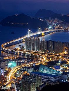 Busan, South Korea 釜山的夜景 -- next destination: to visit Nicole!