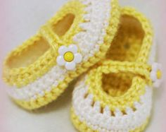 ***This listing is for a CROCHET PATTERN. You are not buying a finished pair of shoes.***    Have Questions? Check the Forum! - http://www.ravelry.com/groups/the-lovely-crow    You are looking at a crochet pattern for baby shoes that resemble maryjanes, or a cross over bootie. Both strap styles are included in the pattern.    Find us on Facebook! I keep my customers updated on new patterns, and sometimes offer coupon codes and do giveaways! www.facebook.com/TheLovelyC...