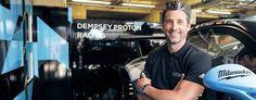 """Seine große Leidenschaft. Patrick Dempsey ist nicht nur Schauspieler, sondern auch Rennfahrer. 2003 gründete er seinen eigenen Rennstall. Bekannt wurde der 51-jährige US-Amerikaner vor allem durch die Rolle des Dr. Derek Shepherd in der TV-Serie """"Grey's Anatomy"""". Auch in zahlreichen Kinofilmen spielte er mit."""