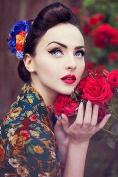 Lindy Bop Vivi Dark Blue Flower Swing Dress 102 39 14532 20141020 030