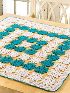 Crochet   Home U0026 Kitchen   Kitchen   Table Toppers   Peacock Centerpiece