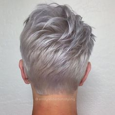 We don't get to see enough of the backs of all these heads around here . Loved the texture on this pixie babe. She rocks a pixie like no other. #emilyandersonstyling