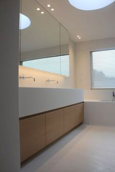 Bathroom in Keerbergen Belgium - Floors and walls in Mortex Bathroom Interior, Modern Bathroom, Small Bathroom, Master Bathroom, Bathroom Ideas, Minimal Bathroom, Bathroom Organization, White Bathroom, Bathroom Design Inspiration