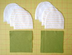 Browse these sweet gift ideas you can make for a mom and her baby. If you need to put something together for a baby shower gift or to make a new mom's care package, use this list for inspiration! The Mitten, Sewing Patterns Girls, Sewing For Kids, Baby Sewing, Jean Crafts, Baby Mittens, Baby Burp Cloths, Mittens Pattern, Sewing Projects For Beginners