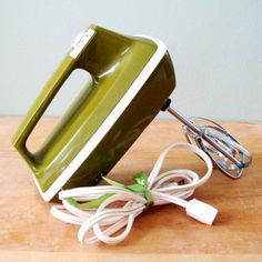 Vintage Kitchen Mixer, Sears Avocado Green Hand Mixer, 70s Retro Appliance, Three Speed Mixer