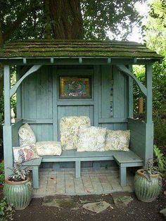 Covered bench area