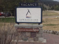 Sawridge Inn Sign