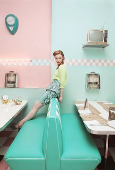 - inspiration for SexyMuse.com - FRANCESCO ORMANDO / The retro booth seats!