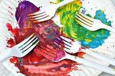 Art Activities for Kids : Rooster Art Art Activities For Kids, Preschool Crafts, Art For Kids, Diy Crafts, Projects For Kids, Art Projects, January Crafts, Fork Art, Rooster Art