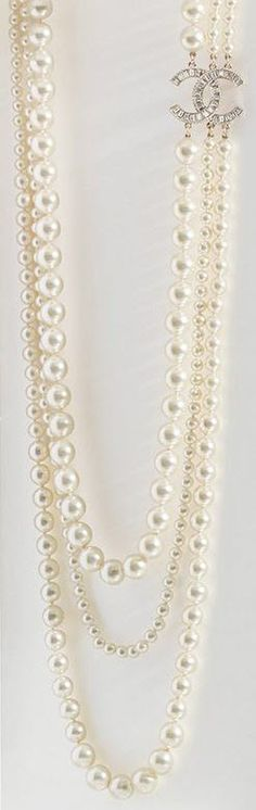 .chanel pearls <3