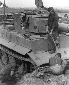 Panzerkampfwagen Tiger I tank stuck mud recovery vehicle training Eastern front autumn. 1943