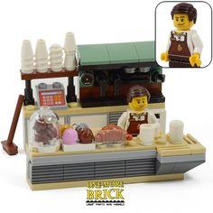 LEGO Coffee Shop & Minifigure - Cafe, food shop, bakery barista - Custom Model - Lynne Seawell's World Lego Store, Lego Modular, Lego Design, Lego City, Legos, Lego Hospital, Lego Gingerbread House, Lego Food, Lego Furniture