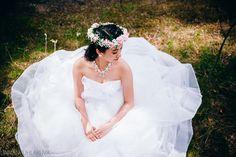 Bride. Morsian.