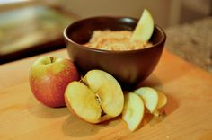 easy and delicious caramel apple dip with Heath Bar pieces!