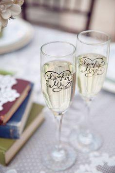 romantic champagne flutes #weddinggifts #wedding http://www.weddingchicks.com/2013/10/29/bookworm-wedding/