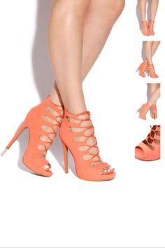 Cute summer heels.