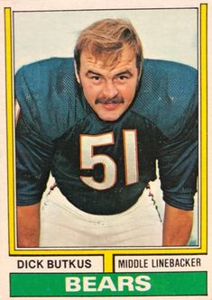 Nfl Football Players, Bears Football, Football Cards, Baseball Cards, Bears Packers, Middle Linebacker, The Sporting Life, Football Conference, Football Pictures