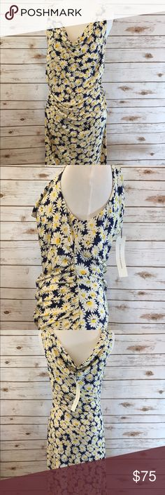 """🌼🌼Diane Von Furstenberg Daisy Dress🌼🌼 Beautiful NWT Diane Von Furstenberg 100% Silk Dress! Tag size Small. New with no flaws. Measurements as follows. Bust: 34"""" Waist: 30"""" Hips:36"""" Total Length: 40"""" so beautiful, feminine and lightweight. Perfect for a summer wedding, bridal shower, drinks with friends! Please feel free to ask any questions. Considering all reasonable offers! Diane Von Furstenberg Dresses"""