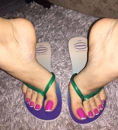 @goddess_grazi #pedicure #toes #footmodel #instafeet #arches #cutefeet #piedi #foot #beautifulfeet #barefeet #perfectfeet #footgoddess #wrinkledsoles #footporn #barefoot #feetstagram #footfetishgroup #prettytoes #feetporn #longtoes #footjob #pezinhos #pies #pes #prettyfeet #pés #podolatria #footfetishnation #feetmodel #feet