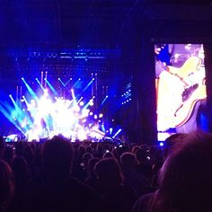 Not too bad of a view! #paulmccartney #sogood #liveandletdie (6 Likes)