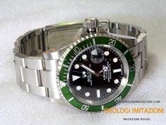 Acquista il Rolex Submariner Date Imitazione Ghiera Verde con movimento cinese qualità grado AAA. La migliore qualità per i Rolex Submariner Cinesi.