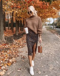 Trendy fall fashion inspo for a girl on the go.