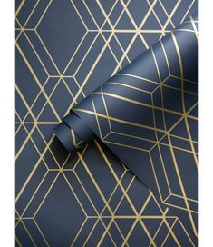 This Metro Diamond Geometric Wallpaper in Navy Blue and Gold features contemporary metallic elements. Part of the World of Wallpaper Metro Collection. Free UK delivery available. Geometric Diamond Wallpaper, Metallic Wallpaper, Geometric Art, Geometric Wallpaper In Bathroom, Gold Accent Wallpaper, Blue And Gold Wallpaper, Blue Accent Walls, Accent Walls In Living Room, Art Deco Wallpaper