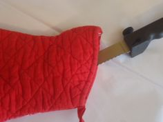 Moving tip~ Use pot holders to protect knives while moving, that way they dont cut through anything!