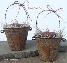 prim peat pot with grubby candle & rusty star