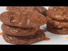 These cookies are a chocolate lover's delight. They are nice and soft and contain both melted chocolate and chocolate chips. With Demo Video Brownie Cookies, No Bake Cookies, Chocolate Cookies, Cookie Bars, Chocolate Chips, Like Chocolate, Chocolate Flavors, Melting Chocolate, Baking Recipes