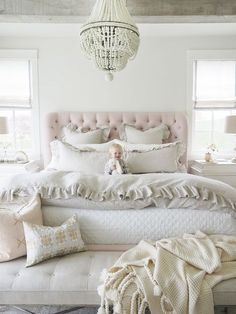 On Tuesdays we wear PINK! Love stunning new pink bed designed by . - Architecture and Home Decor - Bedroom - Bathroom - Kitchen And Living Room Interior Design Decorating Ideas - Country Master Bedroom, Master Bedroom Design, Dream Bedroom, Master Bedrooms, Bedroom Sets, Home Decor Bedroom, Blush Bedroom, Bedding Sets, Cream And Pink Bedroom