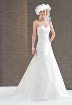 Collection 2015 Églantine Mariages et Cérémonies robe de mariée Muguet